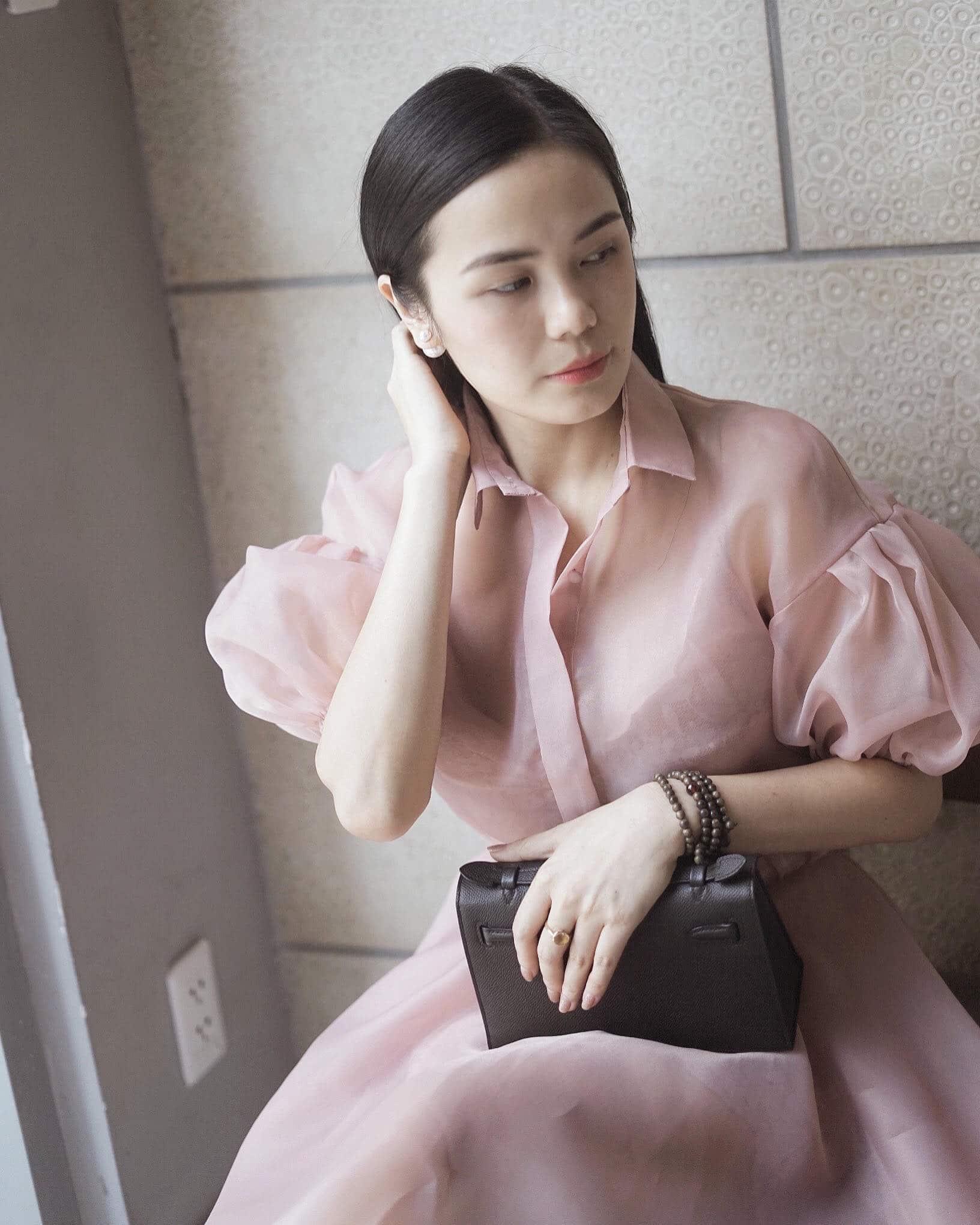 Image #2 from Hong Hanh