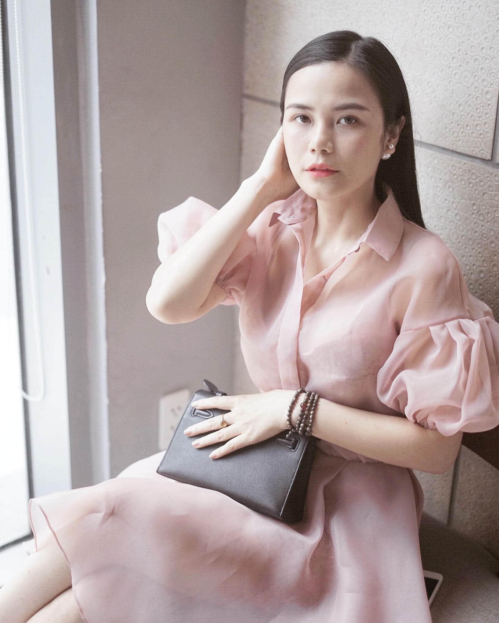 Image #1 from Hong Hanh