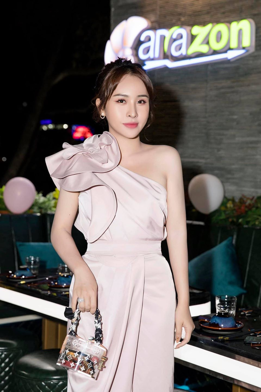 Image #1 from Kieu Trang