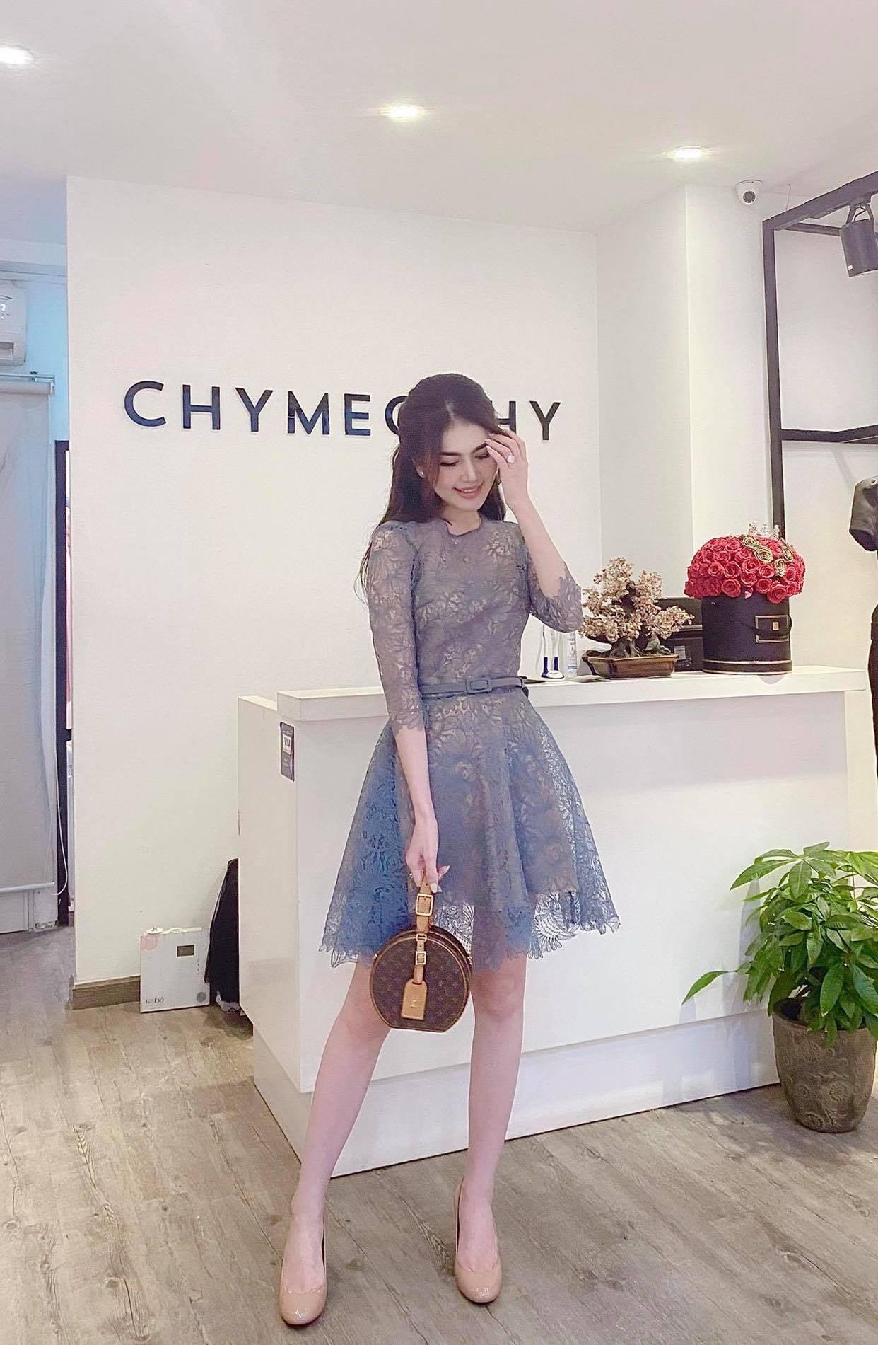 Image #1 from Phuong Uyen