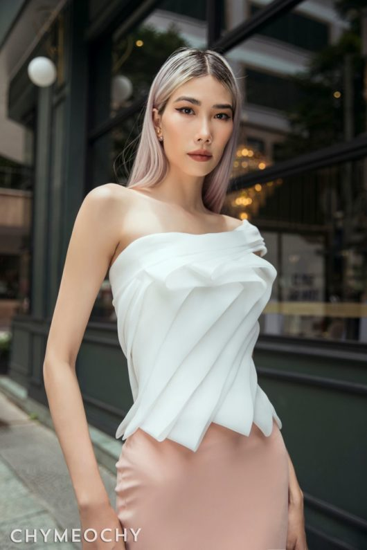 Lamé One-Shoulder Top 2