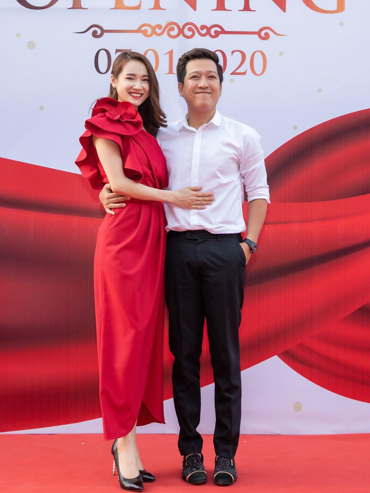 Nhã Phương x Lily One-Shoulder Dress 4