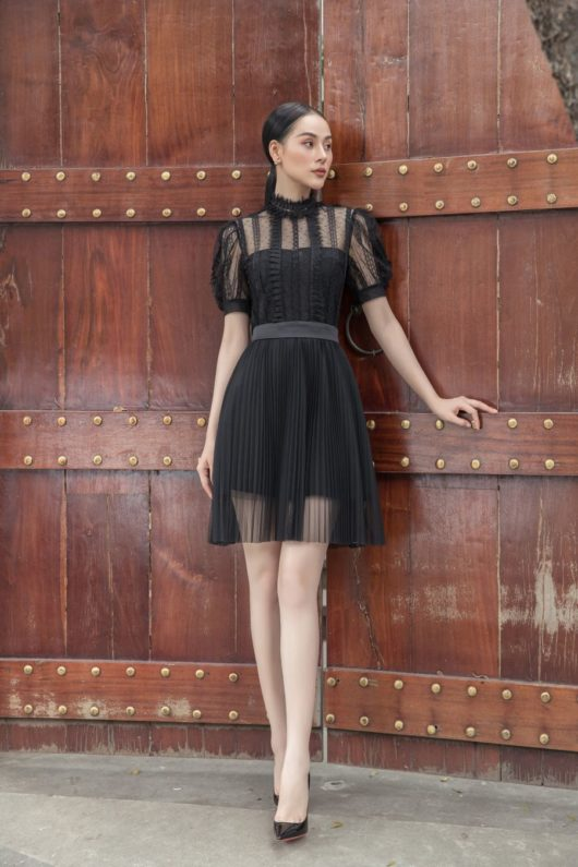 Black Lace Puff-Sleeves Dress 4