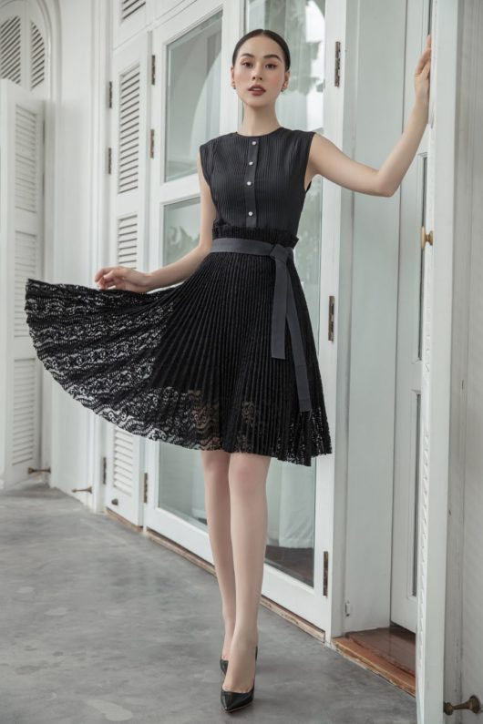 Black Pleated Lace Dress 2