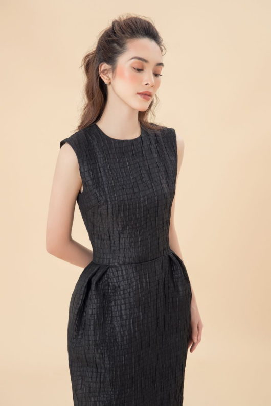 Black Sleeveless Longuette Dress 2